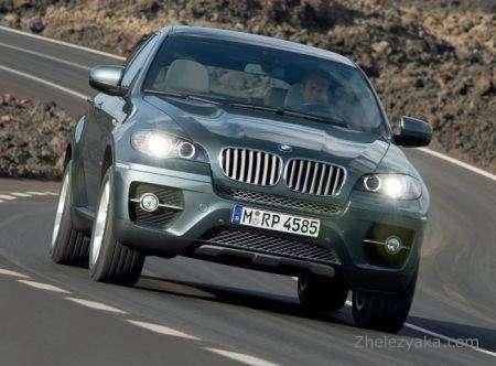 BMW представила новинки Женевского автосалона