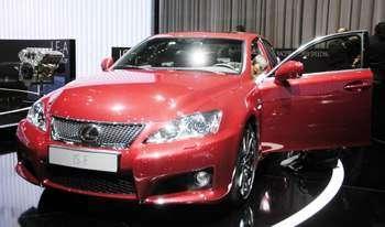Lexus в Женеве – 2 новинки