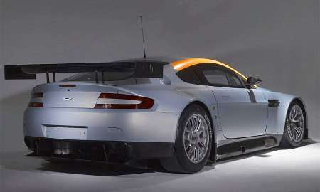 Aston Martin показал гоночный Vantage GT2