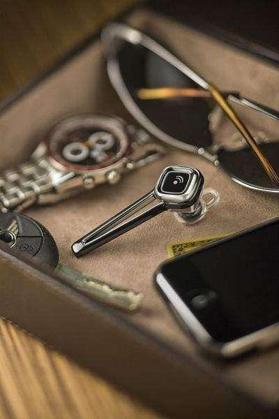 Plantronics выводит на рынок новую коллекцию Discovery 925 Bluetooth