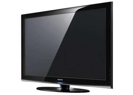 Плазменные телевизоры Samsung Series 4: объем на плоском экране