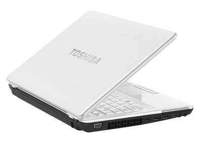 Portege M800: ультракомпактный ноутбук в «жемчужном» корпусе