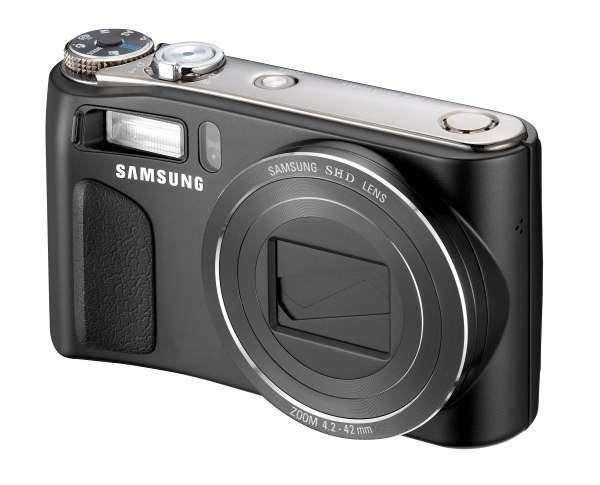 Нова фотокамера Samsung HZ1