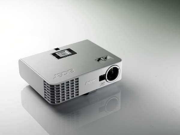 Acer представив новий ультракомпактний HD-ready відеопроектор для бізнесу